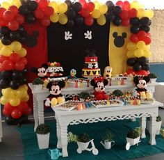 Mickey Mouse Party Decorations, Mickey Mouse Parties, Mickey Party, Minnie Mouse Birthday Theme, Theme Mickey, Birthday Party Tables, 2nd Birthday Parties, King Birthday, Ideas