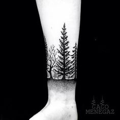 This stunningly realistic forest scene. | 26 Stunning Tattoos For Nature Lovers
