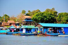 Łódką do Siem Reap. Dlaczego już nigdy więcej nie wrócimy do Kambodży? Więcej na: http://smieszynkatravel.com/lodka-do-siem-reap/ #kambodża #siem reap #tonle #sap #pływające #wioski