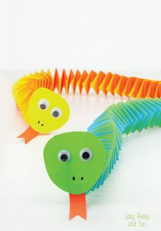 "Oh these easy paper snakes are so so cute!!!! Love how you can make them relatively quickly and easily and how fun they are to play with. They use the clever ""paper accordion"" making technique, that I used ADORE making…"
