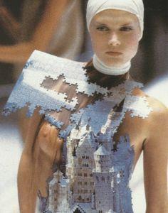 Malgosia Bela at Alexander McQueen Spring/Summer 2001, VOSS.