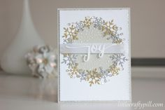 Christmas card with glitter snowflakes #SSSFAVE Stitched flakes