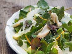 Salat mit Fenchel, Sauerampfer, Avocado und Forelle ist ein Rezept mit frischen Zutaten aus der Kategorie Fruchtgemüse. Probieren Sie dieses und weitere Rezepte von EAT SMARTER!