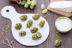 Bocconcini d'uva con formaggio spalmabile e pistacchi...perfetti per…