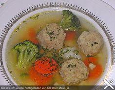 Gemüsesuppe mit Grünkernklößchen, ein gutes Rezept aus der Kategorie Eintopf. Bewertungen: 6. Durchschnitt: Ø 4,1.