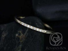 Rosados Box 14kt Matching Band to Gigi Diamonds by RosadosBox