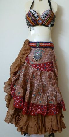 I know it's a belly dancer outfit, but I'm pinning it because I adore the skirt!