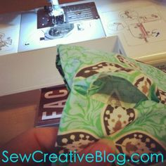 Tutorial- How To Sew An Infinity Scarf 30 Minute Project - Hello Creative Family Diy Clothing, Clothing Patterns, Sewing Patterns, Scarf Patterns, Craft Projects, Sewing Projects, Craft Ideas, Infinity Scarf Tutorial, Sewing Scarves