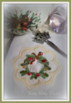 Tea Towel Wreath Tea Towels, Machine Embroidery, Wreaths, Simple, Pixies, Holiday, How To Make, Pink, Crafts