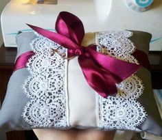 DIY Wedding Accessories : DIY Ring Bearer Pillow