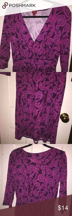 NWOT Pink Purple Paisley Wrap Dress- Merona Sz M Pink and purple paisley dress from Merona at Target. It is new and has never been worn, but does not have tags. It is a size medium, but fits like a VERY loose medium and would likely fit large. Comes from a smoke free home. Please let me know if you'd like specific measurements! Merona Dresses Long Sleeve