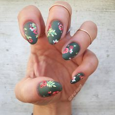 Here are some hot nail art designs that you will definitely love and you can make your own. You'll be in love with your nails on a daily basis. Flower Nail Designs, Nail Art Designs, Cute Nails, Pretty Nails, Hair And Nails, My Nails, Nail Design Spring, Floral Nail Art, Nagel Gel