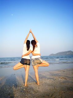 Partner Yoga : Vrksasana (Tree Pose)