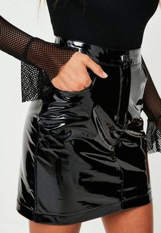 Black vinyl skirt in a mini length, two front pockets and high shine black fabric. Skirts With Boots, Mini Skirts, Women's Skirts, Hot Outfits, Fashion Outfits, Pvc Skirt, Leather Bustier, Vinyl Clothing, Vinyl Mini Skirt