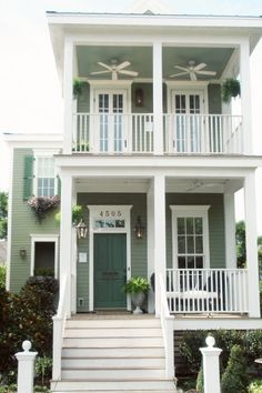 Green_Cottage_Living_Shot_Gun_House_New_Orleans_Lettered_Cottage