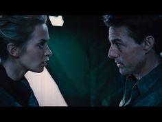 #EmiliBlunt e #TomCruise combattono gli alieni in #EdgeOfTomorrow