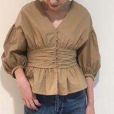 *new*  .  ペプラムblouse  .  ¥9,800+tax  .  新作も沢山入荷してます!  こちらはTIMESALE対象外です。  .  店内では本日までTIMESALE開催中です!  .  #anotheredition   #blouse   #fashion