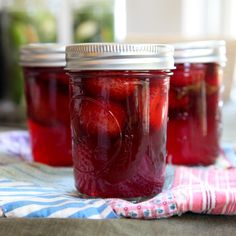 Mint Pickled Strawberries Canned