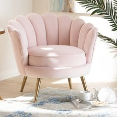 Cutshaw Glam and Luxe Velvet Fabric Upholstered Armchair Upholstery Colour: Light Pink Living Room Decor, Bedroom Decor, Bedroom Chair, Bedroom Sets, Upholstered Arm Chair, Swivel Chair, Luxury Sofa, Home Interior, Interior Livingroom