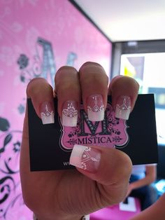 Uñas frances Nails Only, Love Nails, Pretty Nails, Unicorn Nails, Flamingo Nails, Romantic Nails, Feather Nails, Finger, French Tip Nails