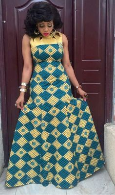 Hi lovelies, in this time and age,you will agree with me that ankara is one of the best materials people used for different occasions like wedding ceremony,naming ceremony to mention but few. 10 So Classic and Chic Ankara Collections Short African Dresses, Latest African Fashion Dresses, African Print Fashion, African Skirt, African Clothes, African Braids, African Prints, Tribal Mode, Long Skirt Outfits