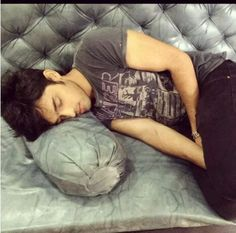 M falling in love wd manik.......love you parth.......kyy