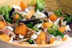 Frisse salade met meloen, ham en geitenkaas