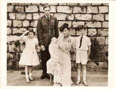 PRINCE GEORGE, Duke of Kent,Princess Marina of Greece and Denmark,Prince Edward of Kent,Princess Alexandra of Kent,&Prince Michael of Kent, 1942