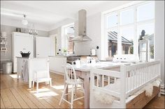 Lovely Scandinavian country kitchen