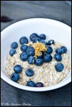 Clean Eating Oatmeal Recipes – A.K.A – The Oatmeal Project  *Tiffany is without  a doubt one of the sweetest blogers out there~Check her out & there's a TON of awesome recipes.*