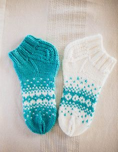 Crotchet, Knit Crochet, Crochet Slippers, Knitting Socks, Mittens, Needlework, Knitting Patterns, Sewing Projects, Crafts