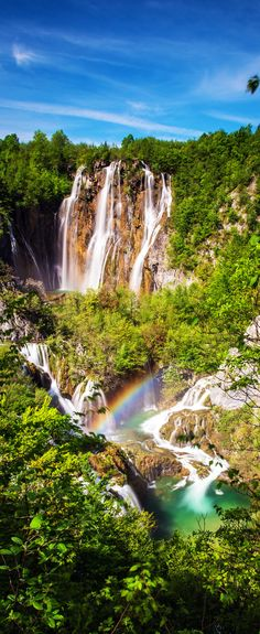 The large waterfall. Plitvice stream water descends through the rocks, forming a 255 feet high (78 m) amphitheater of the Great falls — the highest waterfall in Croatia   |   15 Photos That Will Make You Fall in Love with Croatia