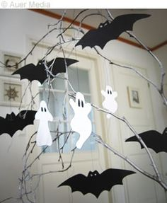 Halloween tree decoration