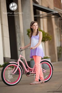Ombre tank, pink bike, tween fashion Need this Outfit Preteen Fashion, Teen Girl Fashion, Teen Girl Outfits, Outfits For Teens, Kids Fashion, Fashion 2017, Fashion Trends, Casual Day Outfits, Cute Outfits