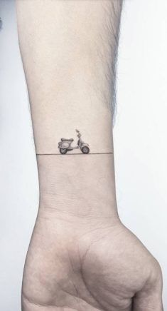Little Vespa Tattoo InkStyleMag is part of Matching Christian tattoos Website - Made by Ahmet Cambaz Tattoo Artists in Istanbul, Turkey Region Vespa Tattoo, Bike Tattoos, Motorcycle Tattoos, New Tattoos, Body Art Tattoos, Small Tattoos, Tatoos, Motocross Tattoo, Piaggio Vespa