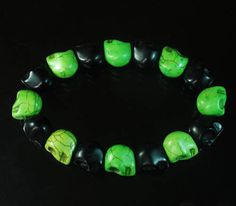 Cool Turquoise Twin colours Black & Green Skull Beads Stretch Bracelet Good GIFT