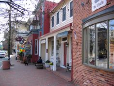 St. Michaels, MD  - Talbot Street is the heart of St. Michaels' shopping district.