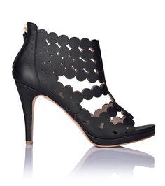 Supreme Black - stilettos designed for comfort?!