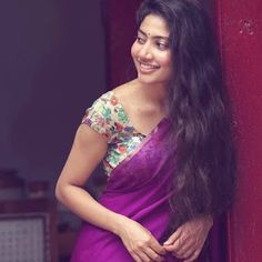 Sai pallavi cutest tollywood south Indian Actress insane beauty face unseen latest hot sexy images of her body show and navel pics with big. Indian Actress Photos, South Indian Actress, Indian Actresses, South Actress, Most Beautiful Indian Actress, Beautiful Actresses, Sai Pallavi Hd Images, Indian Women Painting, Cute Couples Photos