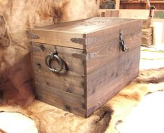 Custom storage box trunk coffee table strong box foot locker treasure chest -  Reclaimed cedar