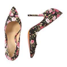 Floral Pumps from Joe Fresh. Floral print is popping up everywhere this season. Try yours on pointed pumps. Only $24.94.