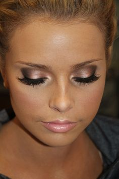 smokey eyes for blondes