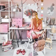 Summer Office Outfits To Prepare For The Workweek My Room, Girl Room, Girls Bedroom, Bedroom Decor, Summer Office Outfits, Desk Storage, Beauty Room, Decoration, Office Decor