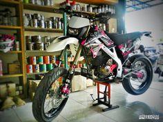 Kawasaki dtracker klx 150 supermoto supermotoownergruop by