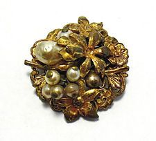 VINTAGE MIRIAM HASKELL GOLD PEARL PIN UNSIGNED 25 MM