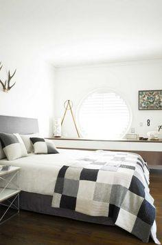 Circular window and jumper quilt