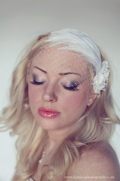 Vintage feather Veiling