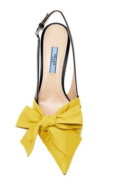 Prada available at Luxury & Vintage Madrid, the best shopping site of luxury bra. Prada available at Luxury & Vintage Madrid, the best shopping site of luxury brands. Women's Shoes, Zapatos Shoes, Prada Shoes, Me Too Shoes, Shoe Boots, Dress Shoes, Pretty Shoes, Beautiful Shoes, Cute Shoes