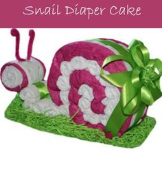 Our Organic Pink Snail Diaper Cake makes a unique and stunning baby shower centerpiece. Regalo Baby Shower, Fiesta Baby Shower, Baby Shower Diapers, Baby Shower Parties, Baby Shower Gifts, Baby Showers, Diaper Crafts, Baby Crafts, Cake Pink