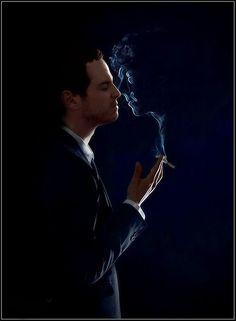 Jim Moriarty and Sherlock. I didn't see it at first but now I do! Jim Moriarty, Sherlock John, Holmes Sherlock Bbc, Fan Art Sherlock, Sherlock Fandom, Andrew Scott, Johnlock, Martin Freeman, Hunger Games